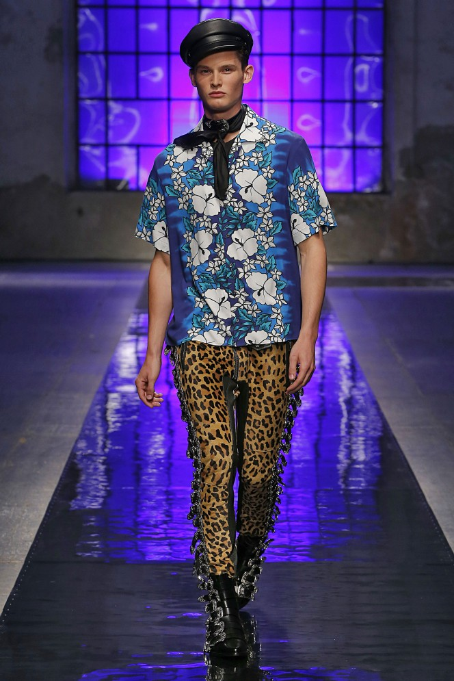 Dsquared2 Milan Menswear Spring Summer 2018 Milan  June 2017